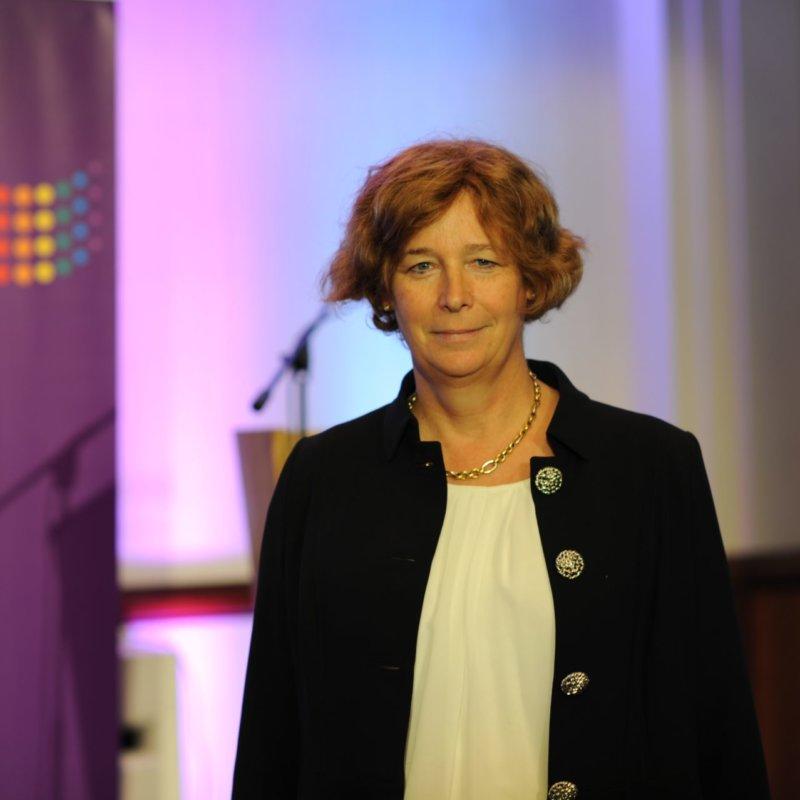 Belgique: une femme transgenre nommée vice première-ministre, une première en Europe