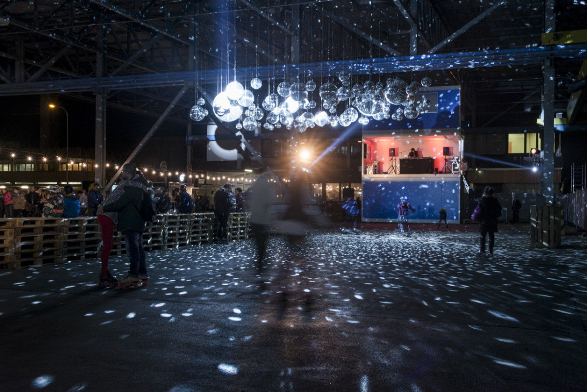 Roller disco @ Grand Central - Antigel Festival / ©Pauline Amacker