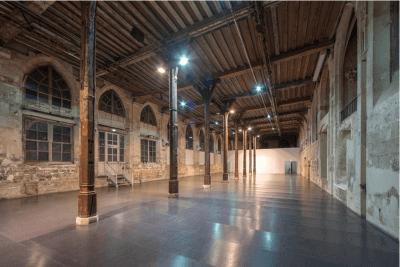 Le réfectoire d'un couvent, ce warehouse du moyen âge