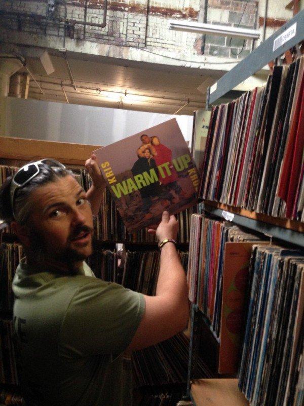 Taylor Wallace 50000 vinyles
