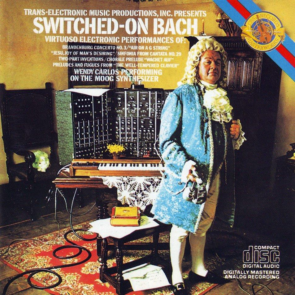 Pochette du disque de Wendy Carlos - Switched-On Bach paru en 1968 et représentant un JS Bach anachronique devant un synthé Moog...