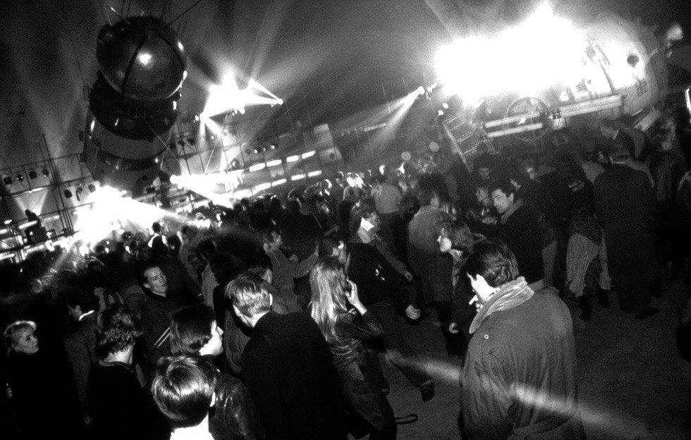 gagarin party rave russie